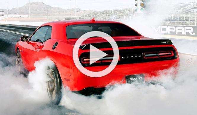 Vídeo: Jay Leno regala un Challenger SRT Hellcat de 716 CV