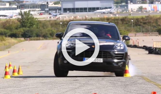 Un Porsche Macan S derrapa en la prueba del alce