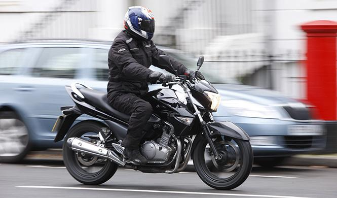Disminuyen los fallecidos en moto y ciclomotor en 2014