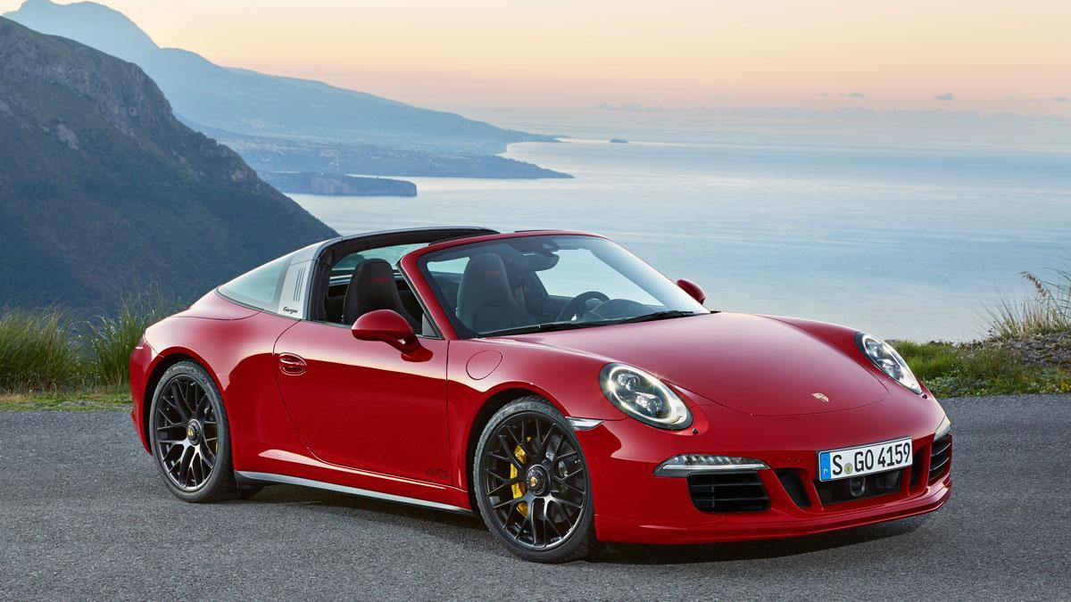 Porsche 911 Targa 4 GTS tres cuartos delantero