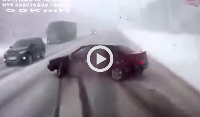 Vídeo: así reacciona un conductor ruso ante un accidente