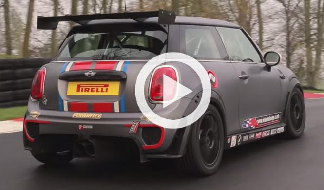 Vídeo: así es el Mini de carreras más radical del momento
