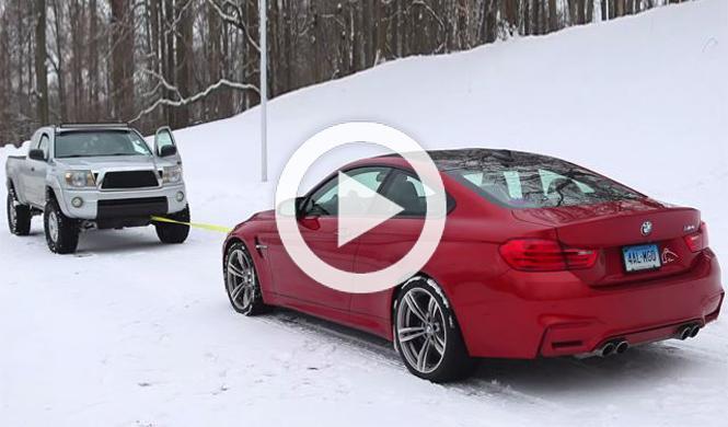 Vídeo: un BMW M4 Coupe contra un pick-up sobre la nieve