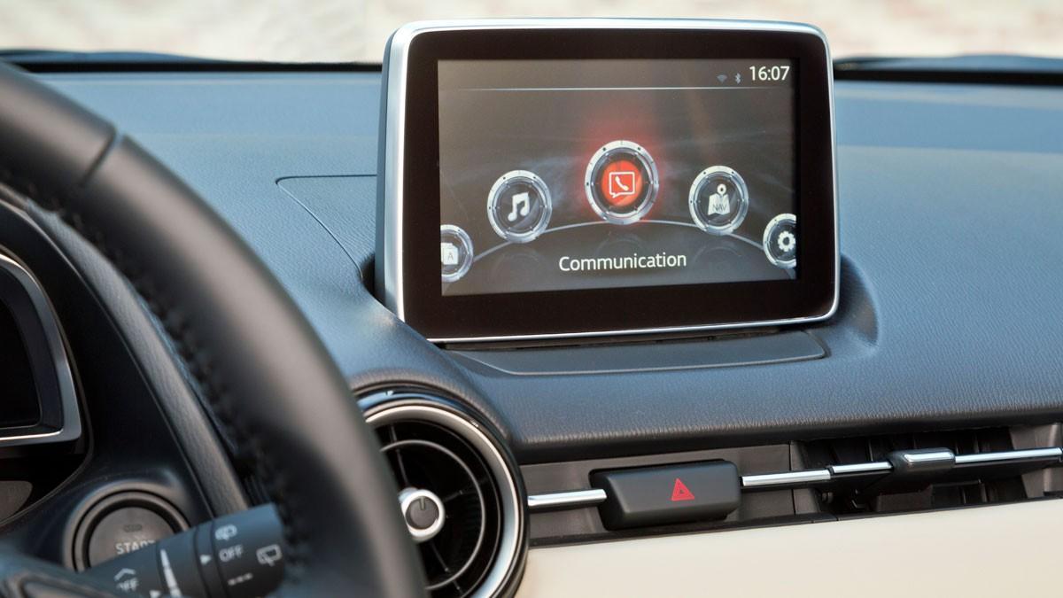 MZD Connect, nuevo sistema de conectividad del Mazda2