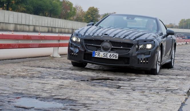 Pillan rodando el Mercedes SL 'facelift'