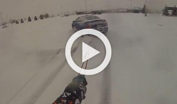 Jornada de snowboard ¡arrastrado por un Pontiac GTO!