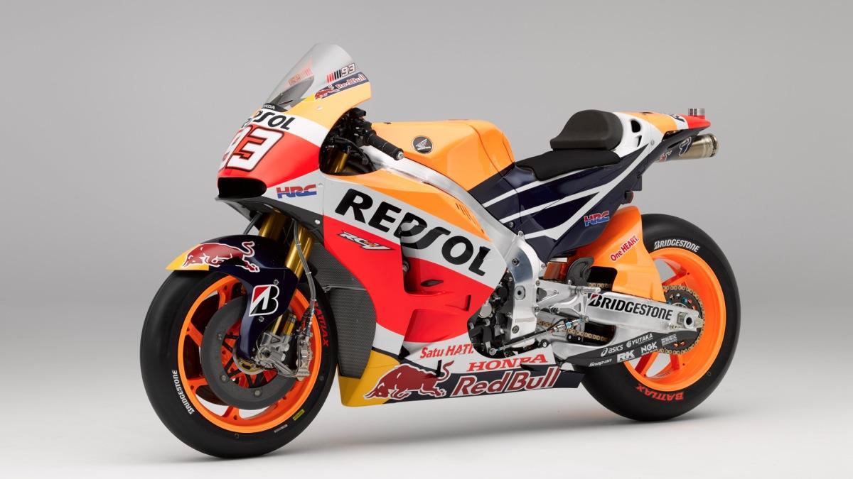 ¿Cómo se transporta una MotoGP?