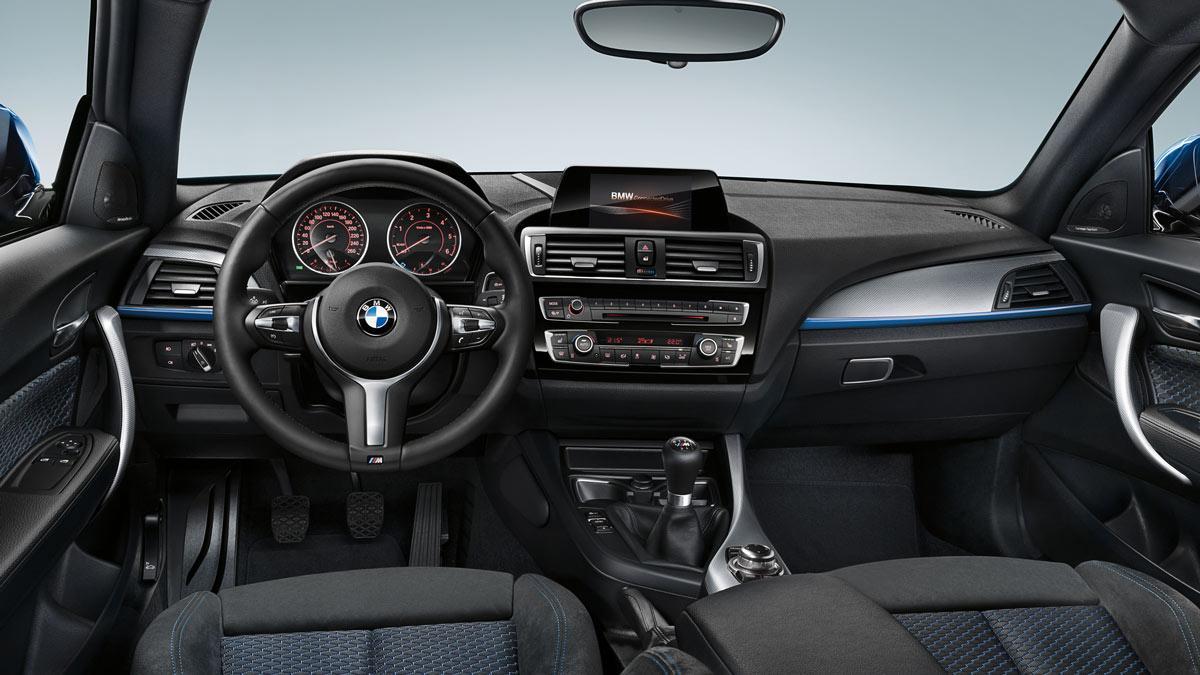 interior del BMW 135i