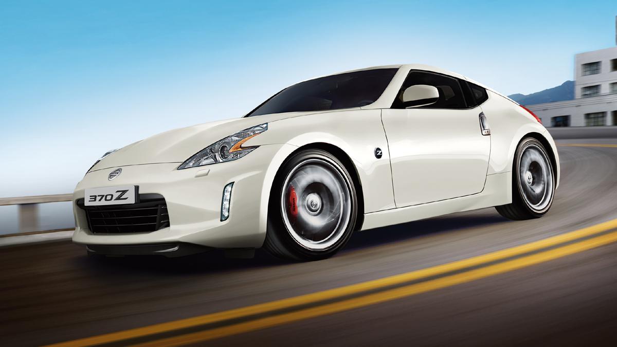 coches-mas-corren-menos-dinero-Nissan-370z
