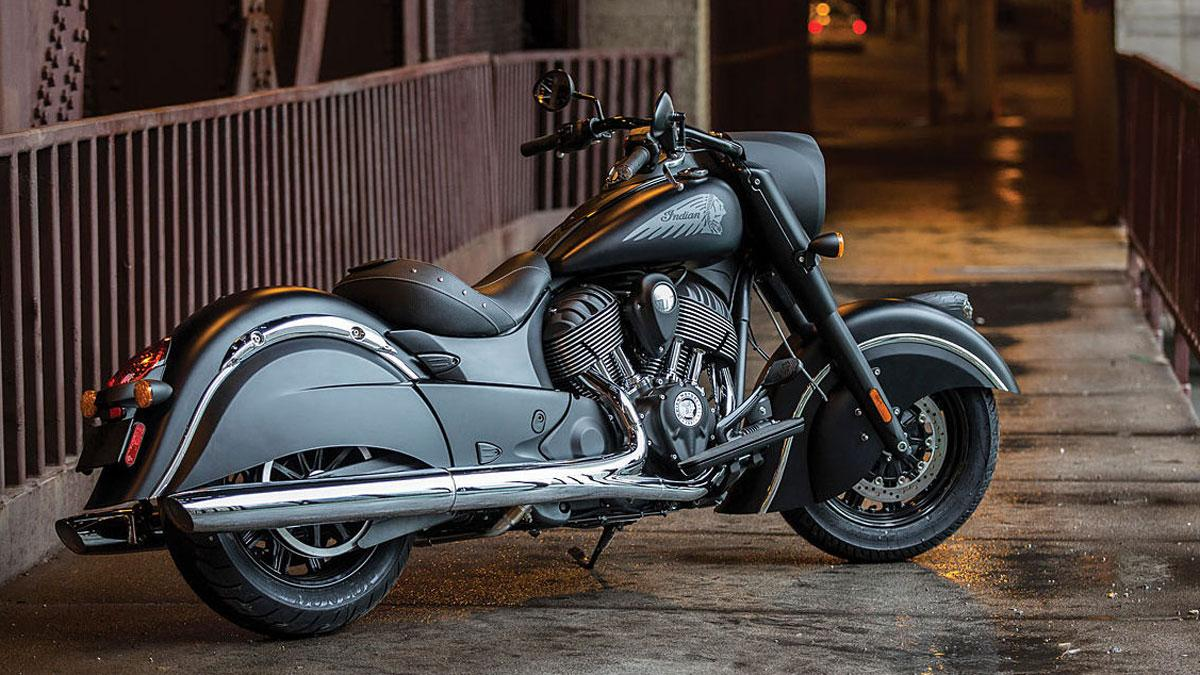 Indian Chief Dark Horse, toda negraa