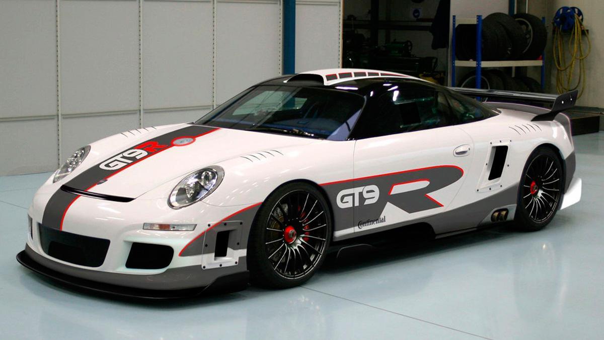9FF GT9R delantera