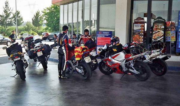 Si viajas en moto estos días, tenlo en cuenta