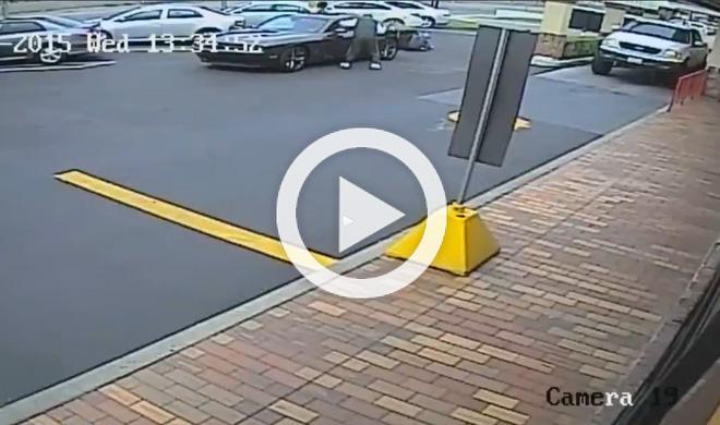 Un Dodge Challenge atropella a una mujer de 85 años