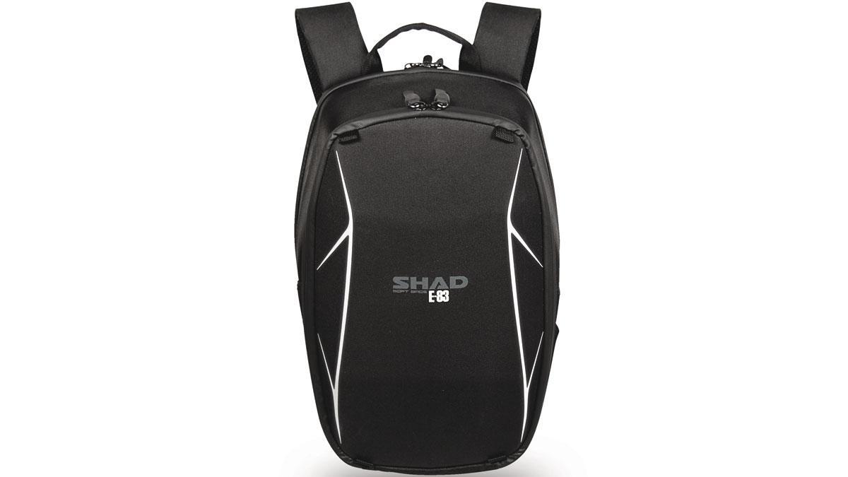 Imagen de la mochila E-83 de SHAD. Es semi-rígida
