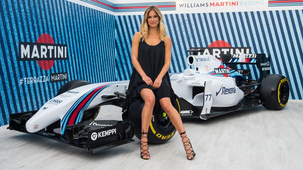 Bar Refaeli es la nueva embajadora de Martini