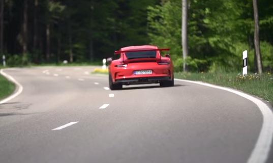Vídeo: Chris Harris, al volante del Porsche 911 GT3 RS