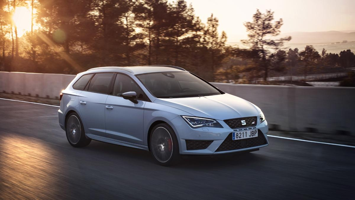 mejores-coches-fabrican-espana-SEAT-Leon-Cupra-ST