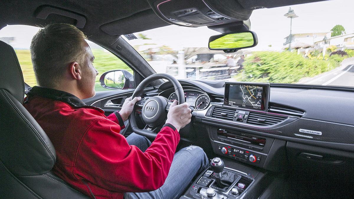 Prueba por el carril izquierdo: nuevo Audi RS 6 Avant