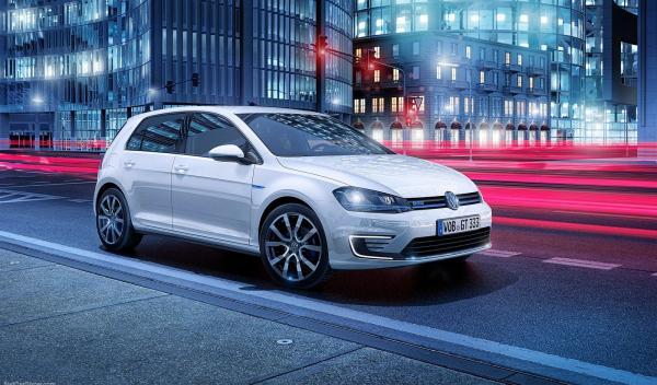 El VW Golf GTE sale a la venta por 39.330 euros