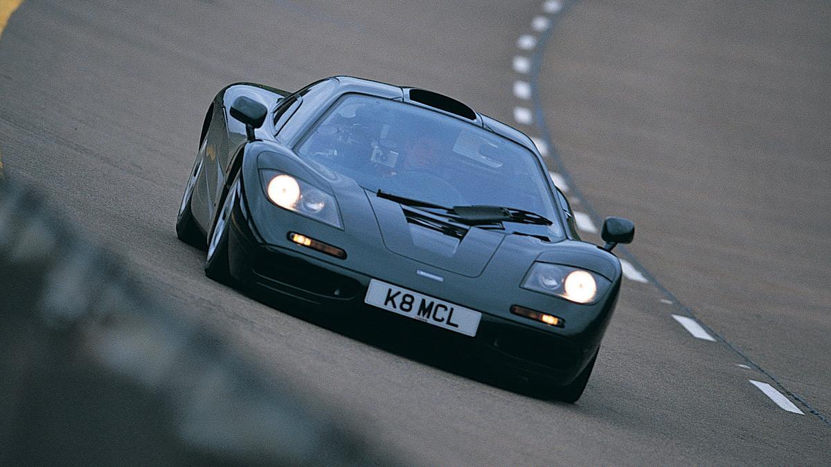 Rowan Atkinson, Mr. Bean, cierra la venta de su McLaren F1