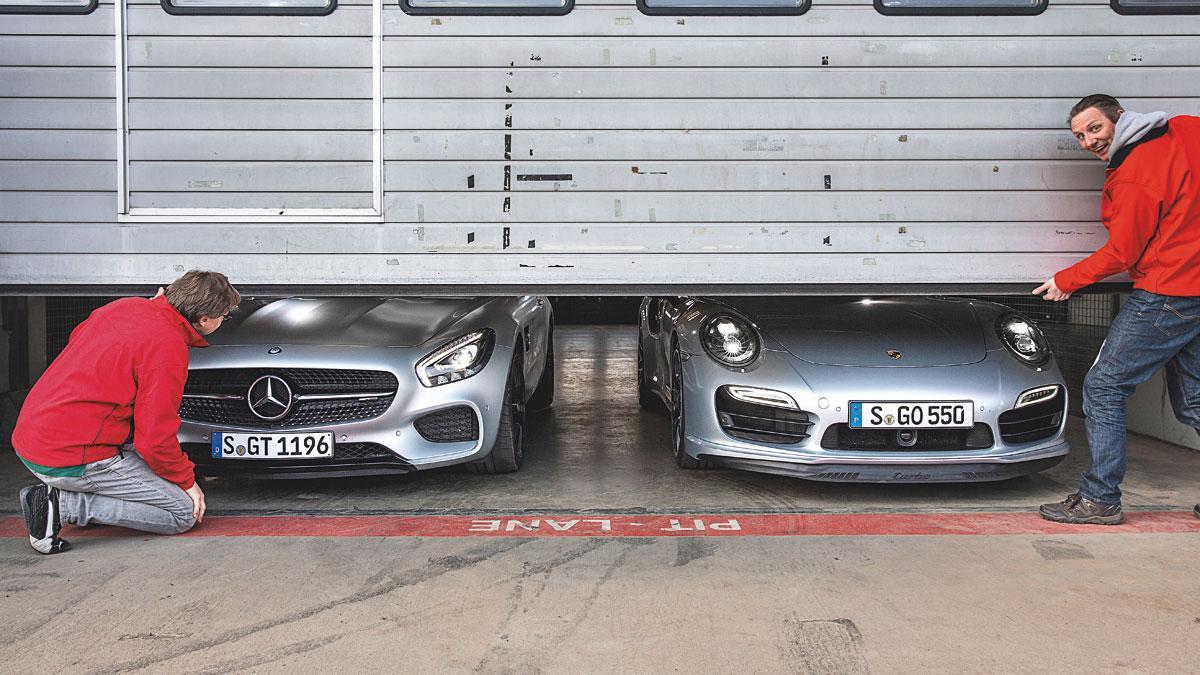 Mercedes AMG GT y Porsche 911 garaje