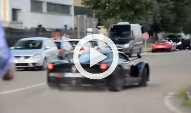 Drifta con un Ferrari LaFerrari como un salvaje