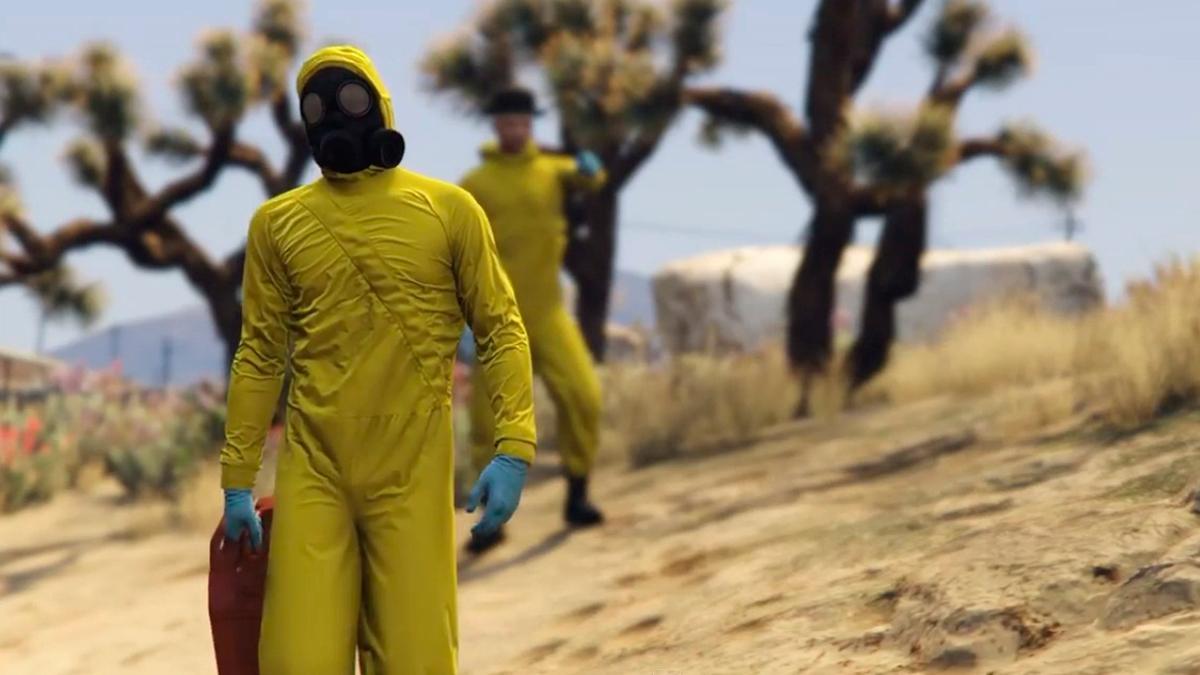 Protagonistas de Breaking Bad con monos amarillos en GTV V