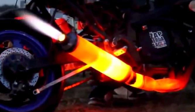 Vídeo: Escapes al rojo vivo y echando fuego