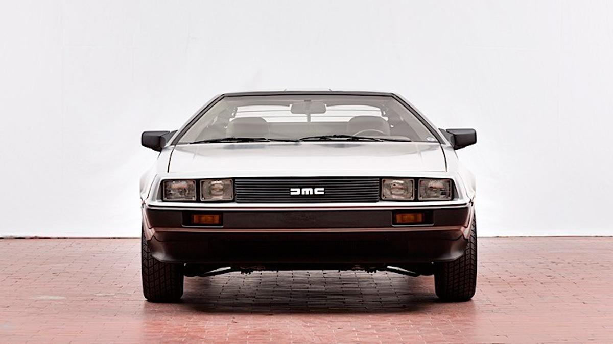 DeLorean subasta frontal