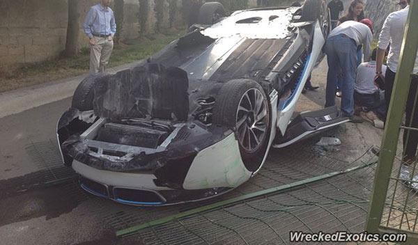 accidente BMW i8