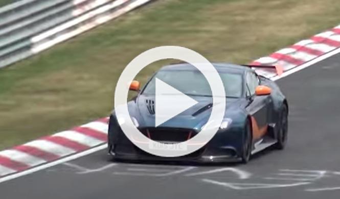 Esto no se ve a diario: un Aston Martin GT12 en Nürburgring