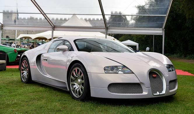 El Bugatti Veyron blanco de Floyd Mayweather