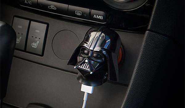 Pon a Darth Vader de copiloto en tu coche