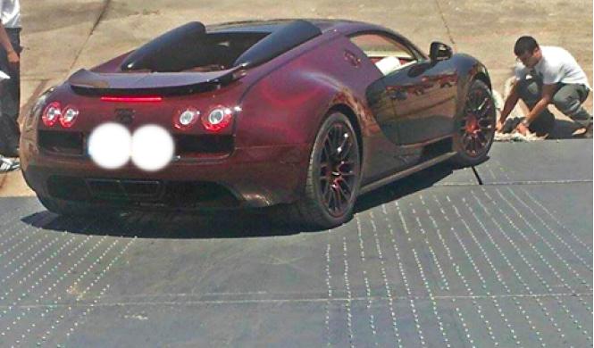 Un Bugatti Veyron La Finale visto en Marruecos