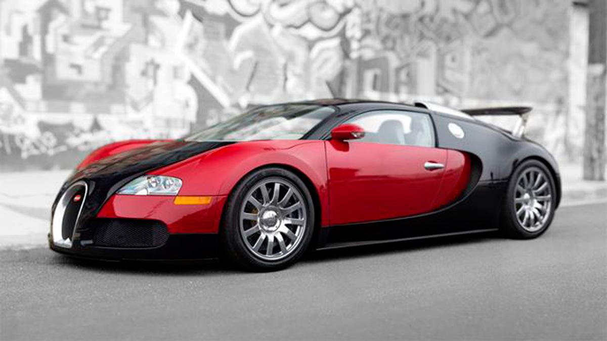 El primer Bugatti Veyron, a subasta