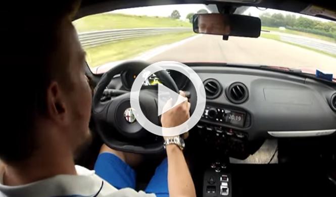 Espectacular: así 'baila' un Alfa Romeo 4C en circuito