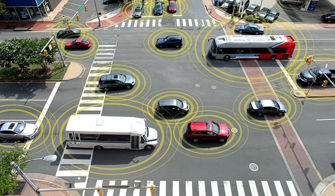 Comunicación inalámbrica entre coches, cada vez más cerca