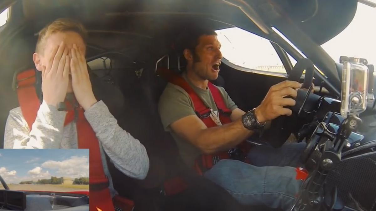 Guy Martin sufre un orgasmo a los mandos del Ferrari FXX