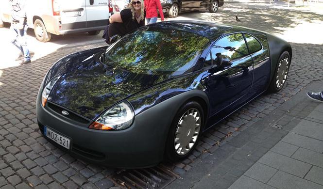 Conoce al 'Forgatti Kayron': mitad Ford Ka, mitad Veyron