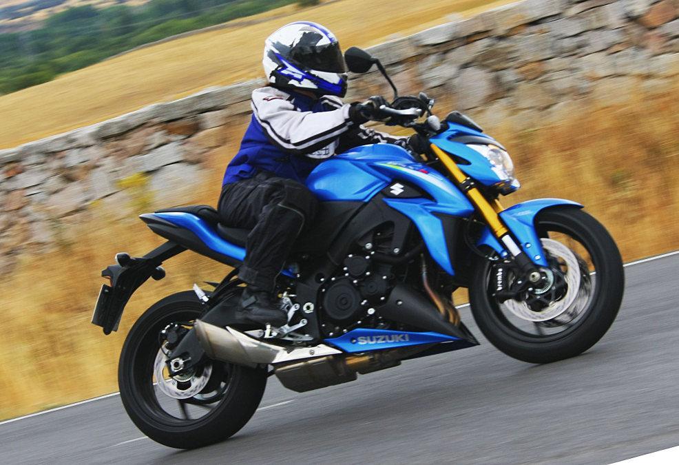 Suzuki GSX-S1000 en acción