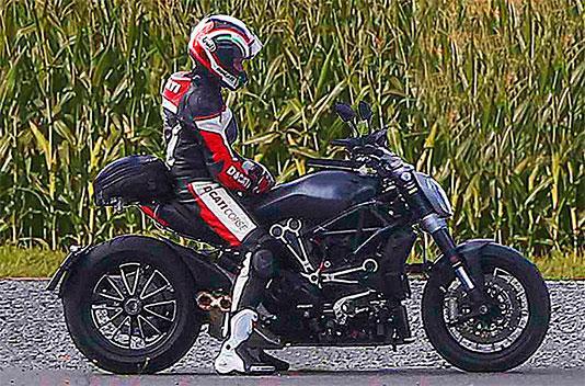 Así es la Ducati Diavel 2016