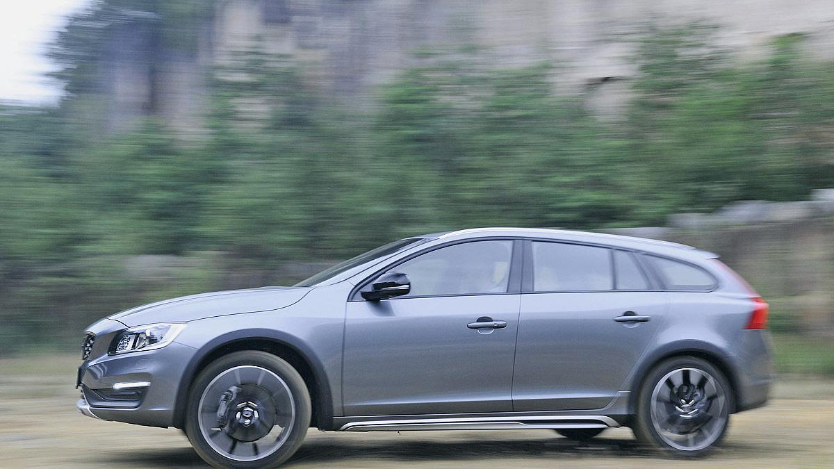 Test: Volvo V60 Cross Country