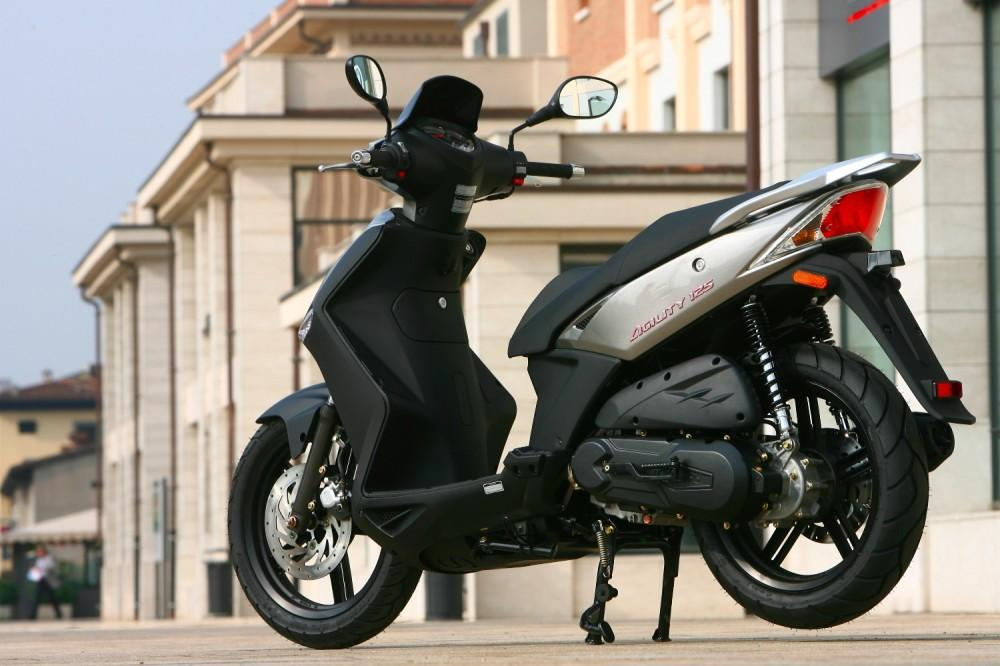 Kymco-scooter-Agility 125