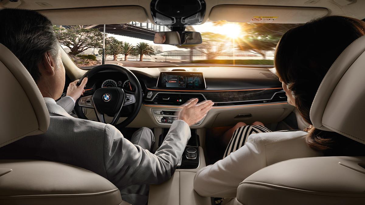 control por gestos del BMW Serie 7 2015