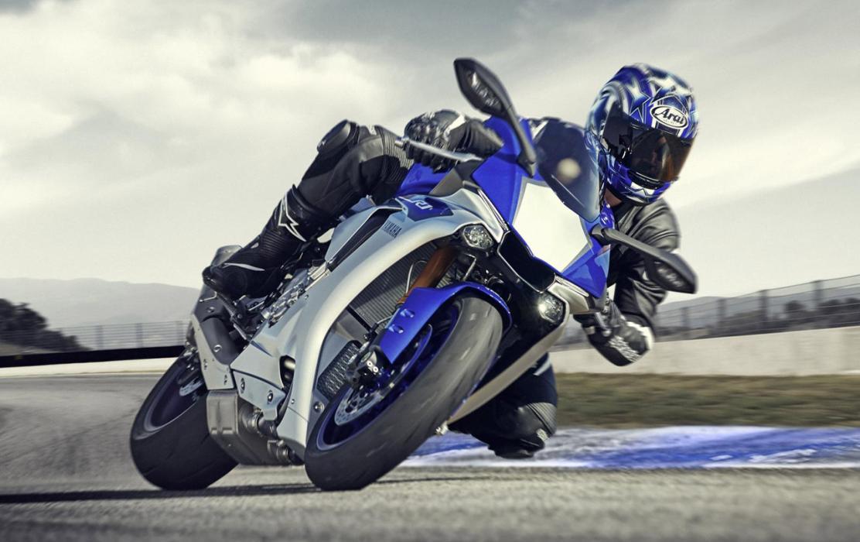 Yamaha YZF R1, las cinco grandes juntas en un vídeo