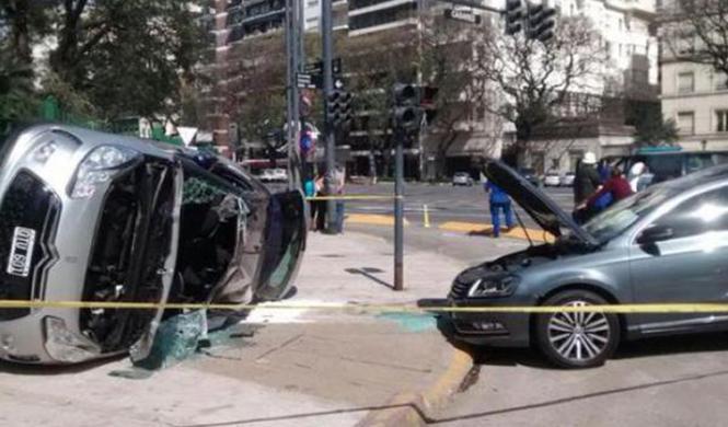 Zamorano sufre un accidente de tráfico en Buenos Aires