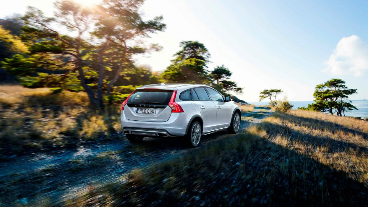 volvo V60 Cross Country 2016