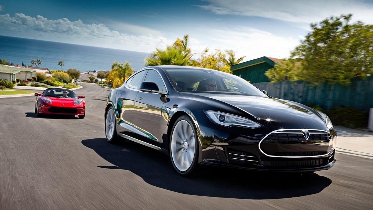 Propietarios de Tesla se quejan por falta de potencia