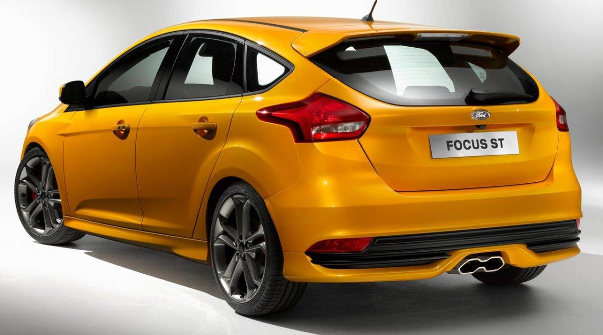 Ford Focus ST trasera