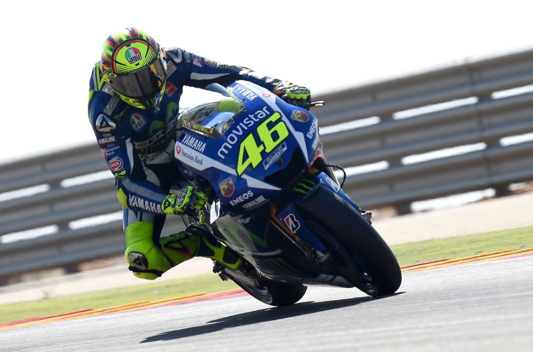 Los pilotos de MotoGP prueban los neumáticos de 2016